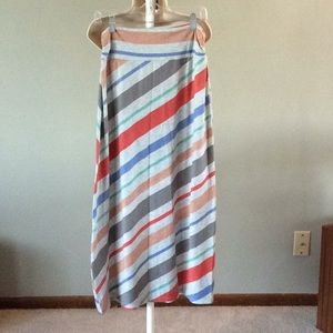 Maxi skirt, toned down yet colorful!
